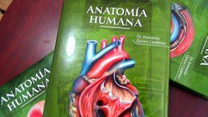 Aprendiendo sobre anatomía en los libros