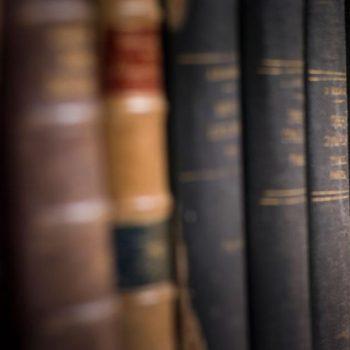 No querrás perderte ninguno de los grandes libros de física que hemos traído para ti