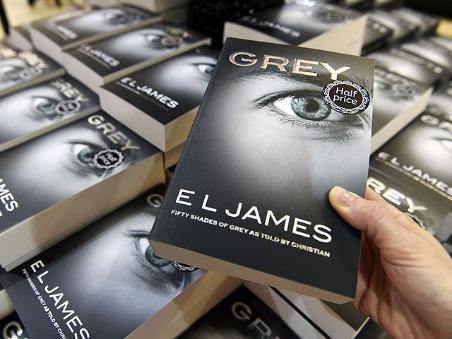 Distintos libros de las 50 sombras de Grey
