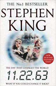 Stephen King es considerado uno de los grandes genios en los libros de misterio y aquí sabrás por qué.