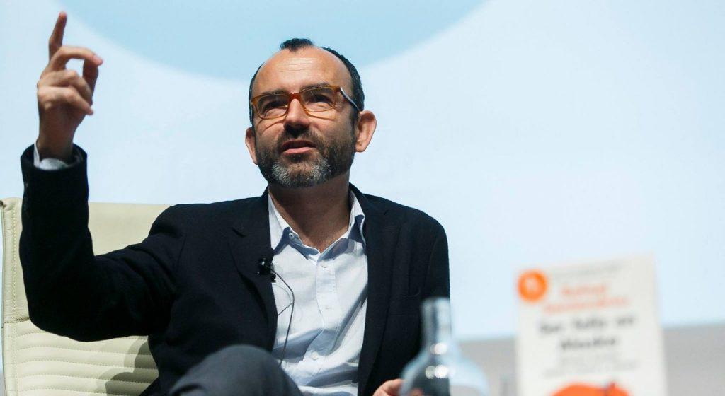 Rafael Santandreu presentando libro nuevo